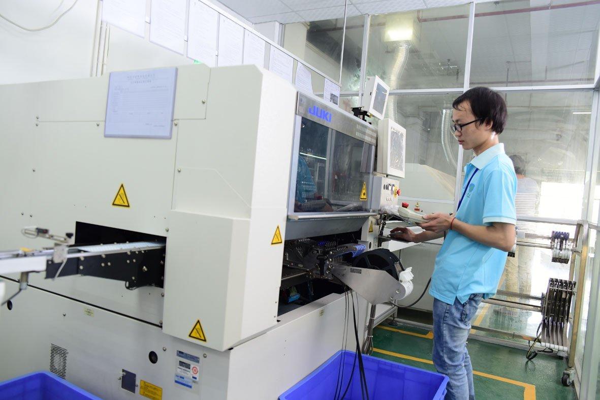 Led tube SMT machine
